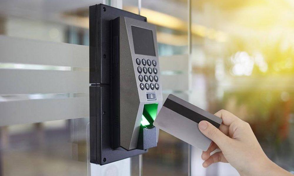 Connaître les systèmes de contrôle d'accès et leurs types avec des fonctionnalités